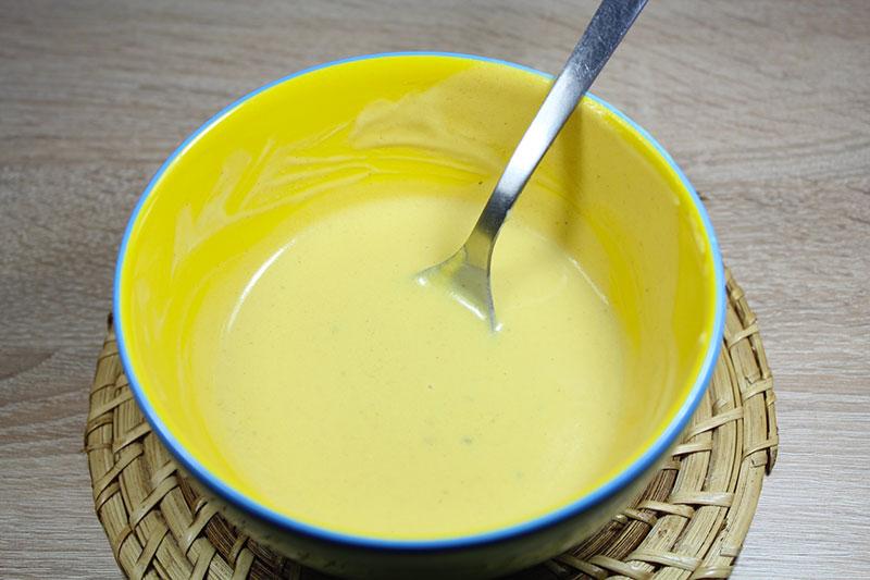 Vinaigrette la moutarde et au vin blanc - Comment faire du vinaigre de vin ...